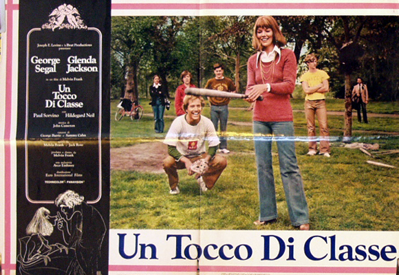 Pictured is an Italian busta promotional poster for the 1973 Melvin Frank film A Touch of Class starring George Segal and Glenda Jackson.