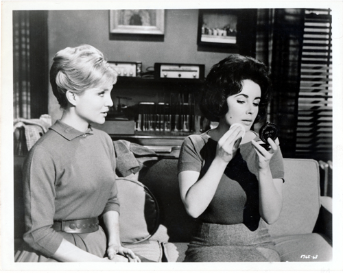 Pictured is a US promotional black-and-white still for the 1960 Daniel Mann film Butterfield 8 starring Eizabeth Taylor.